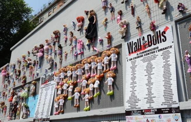wall-dolls-milano